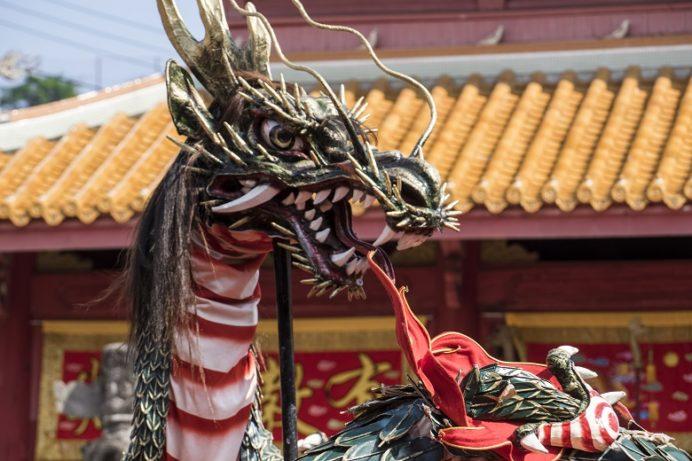 長崎孔子廟での龍踊り