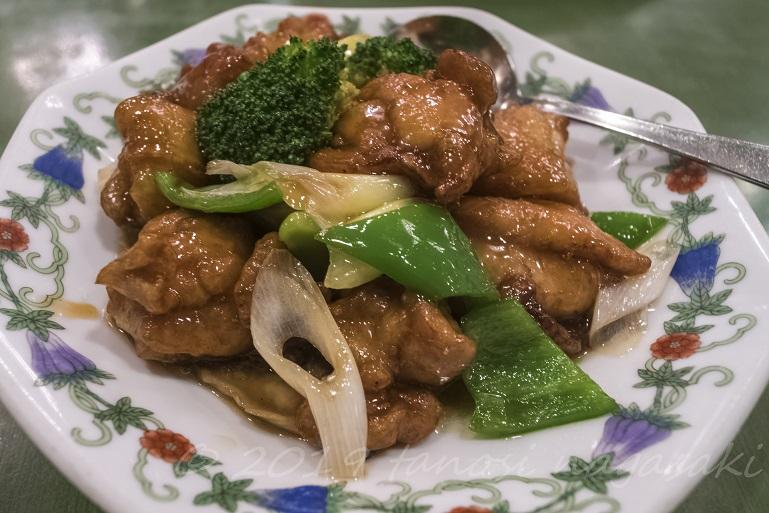 江山楼の香油鶏~鶏肉の唐揚げ、ニンニク醤油風味
