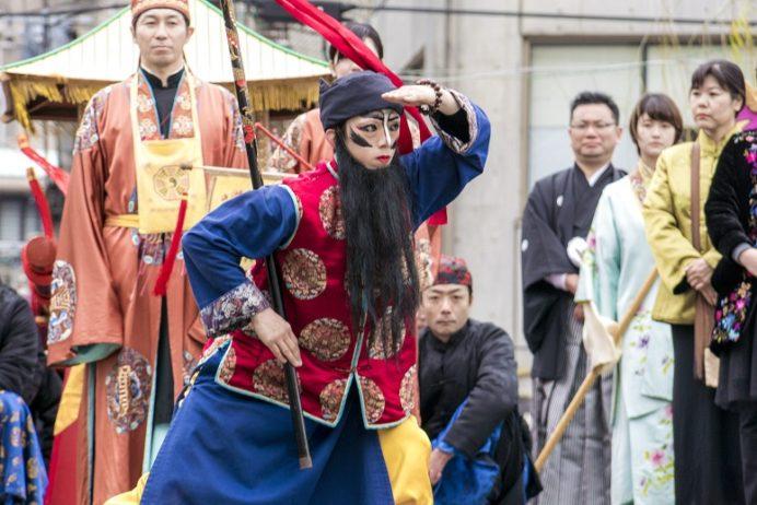 長崎ランタンフェスティバル(中島川公園・眼鏡橋会場)の媽祖行列