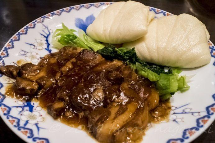 蘇州林(長崎新地中華街)の角煮まんじゅう(豚の角煮と万頭のセット)