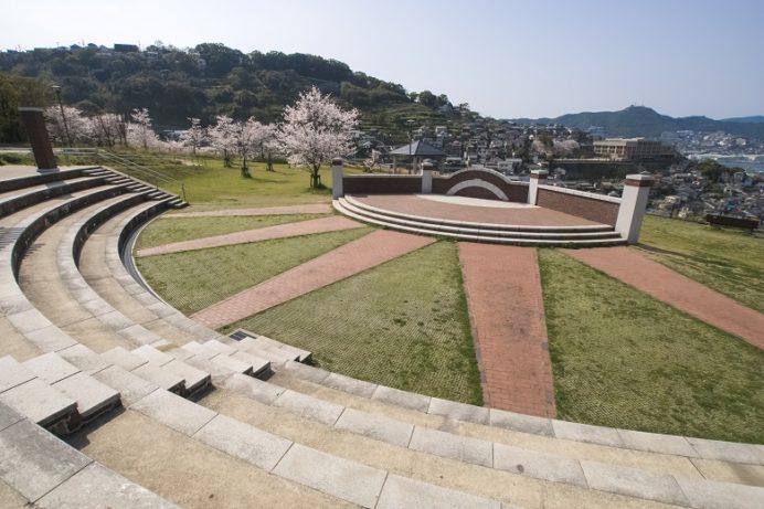 出雲近隣公園(長崎市)の桜と花見