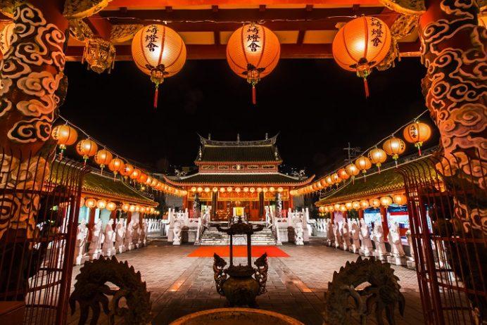 長崎ランタンフェスティバル2020 「孔子廟」【無料となる入場時間&変面ショーの日程は?】~堪能テクニックも紹介!