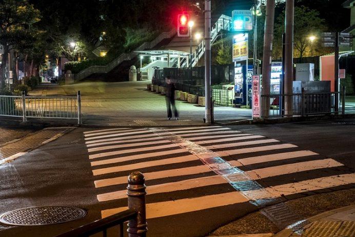 ライトアップされる夜の長崎・平和公園