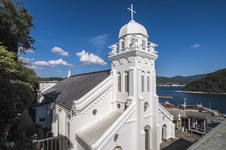 海辺に立つ美教会「神ノ島教会」(長崎)【見どころ・礼拝ガイド】
