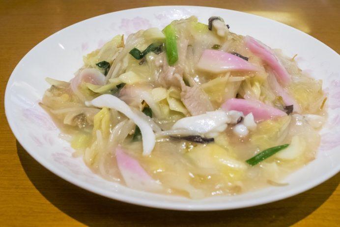 京華園(長崎中華街)の皿うどん(細麺)