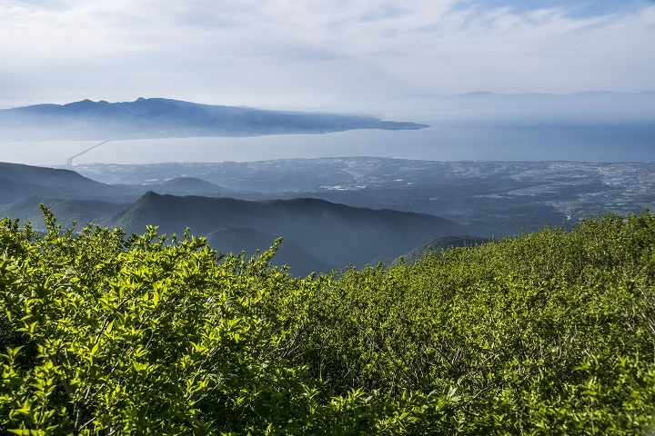 雲仙岳登山道(長崎県島原半島)、鳩穴分れ