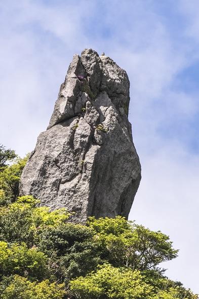 雲仙岳登山道(長崎県島原半島)、ろうそく岩(鬼人谷)