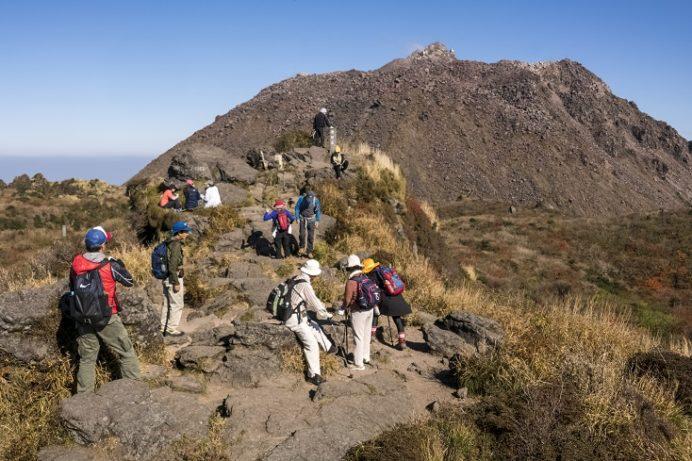 雲仙岳登山道(長崎県島原半島)、普賢岳頂上