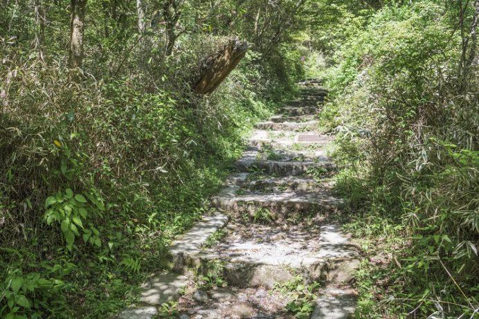 雲仙・池の原園地(長崎県)の登山道