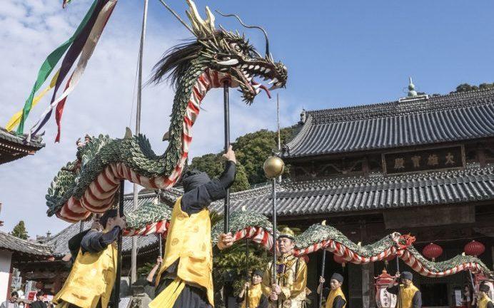 長崎ランタンフェスティバル(興福寺)の龍踊り