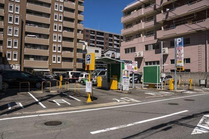 本田ガレージ(グラバー園・孔子廟周辺の駐車場)