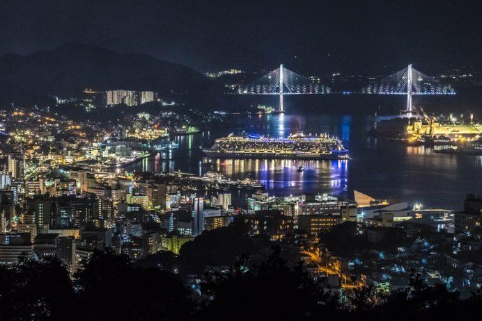金比羅山・金星観測記念碑からの長崎の夜景