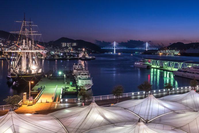 「ゆめタウン夢彩都の夜景」~ほのぼの夜景でストレス解消。「長崎帆船まつり」では必見!その訳とは?
