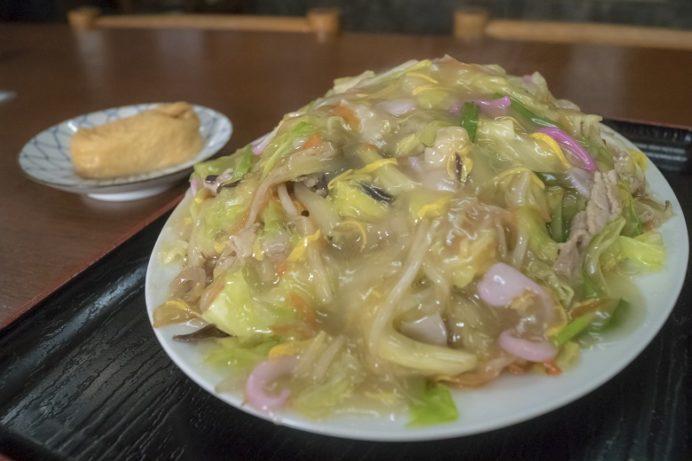 寿々屋(長崎市十人町)では【皿うどんを食べるべき、圧倒的な理由】