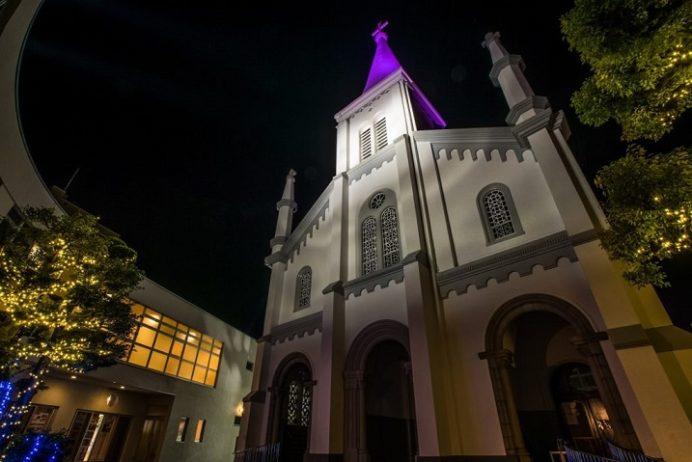 ライトアップされた中町教会