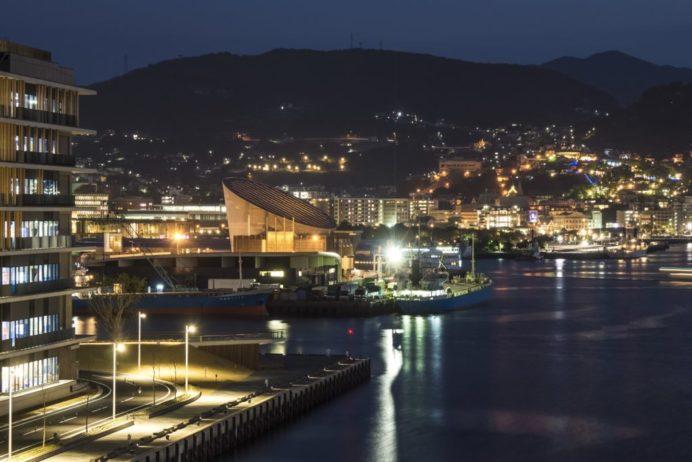 旭大橋からの新世界三大夜景認定の長崎の夜景