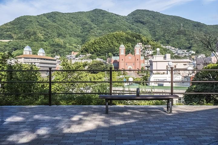 浦上天主堂遠景(平和公園そば)、天主堂の見える丘