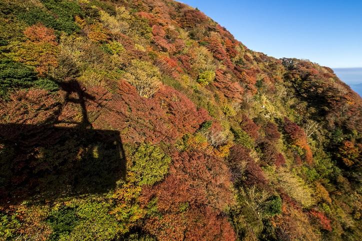 雲仙ロープウェイ(長崎県仁田峠)と紅葉