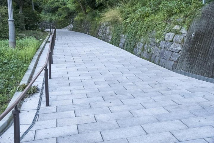 平和公園(長崎市松山町)の入口