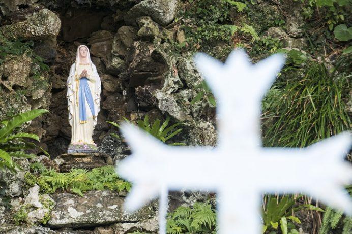 井持浦教会(五島市玉之浦)の日本最古のルルド
