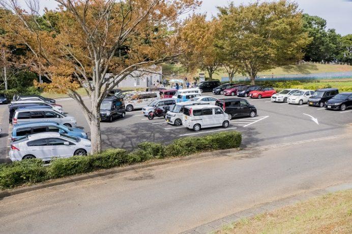 展海峰(長崎県佐世保市下船越町)の駐車場