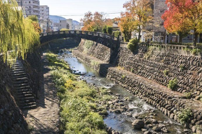 中島川石橋群の紅葉