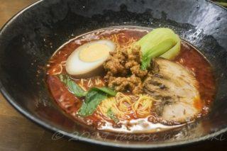 「餃子菜館 万徳」(長崎市)~ミシュラン掲載店の【担々麺が辛い!でも鬼ウマい!!】