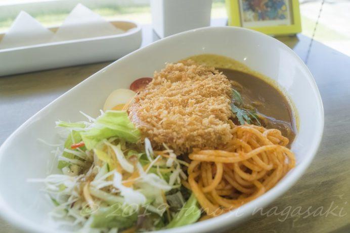 レストランNomon's Cafe(長崎市高浜町、野母崎のカフェ)のかつトルコライス、2018年1月