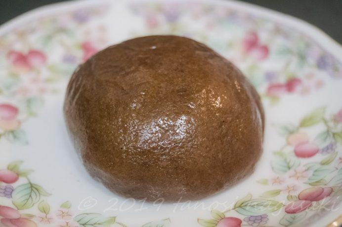 長崎ランタンフェスティバルの一口香の黒糖まんじゅう「黒〇香り」、一〇香 - 茂木一まる香本家