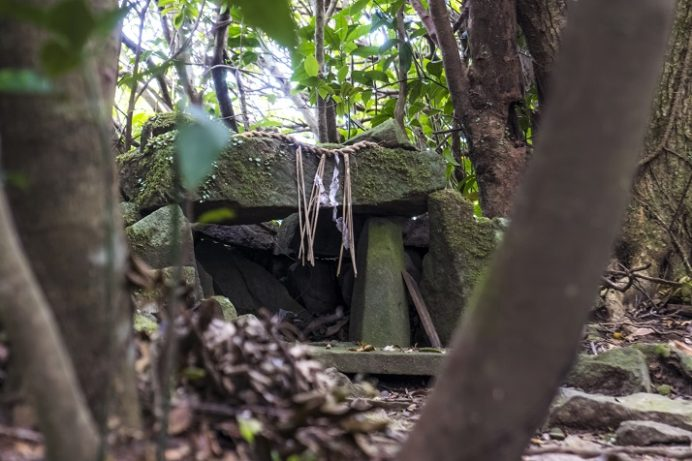 安満岳(世界遺産、平戸の聖地の集落)、長崎と天草地方の潜伏キリシタン関連遺産