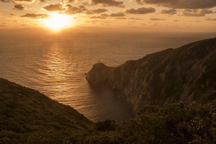 大瀬崎灯台(五島市玉之浦町)、福江島、映画悪人ロケ地からの夕日