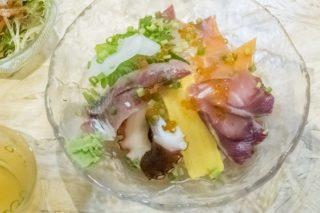 「海鮮丼専門店 さかな屋」(平和町)【魚屋直営の海鮮丼だけど…ええっ?!】