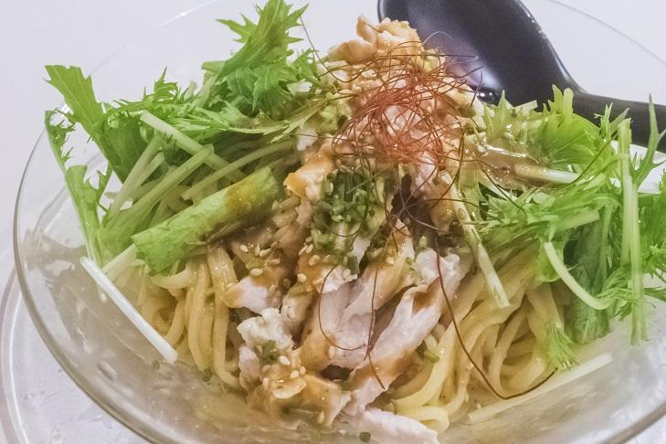チャイデリカの棒々鶏涼麺は【女性へ推し麺!】