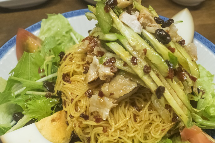 餃子菜館 万徳(長崎市銅座町)の冷し中華