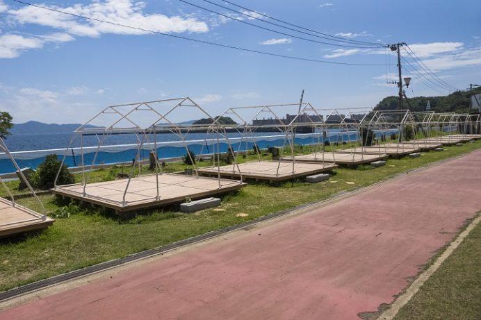 高島海水浴場(長崎市高島町)、キャンプ場
