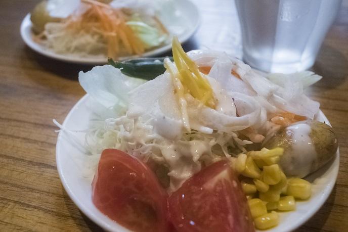 鳥むら食堂(諫早市川床町)のサラダバー