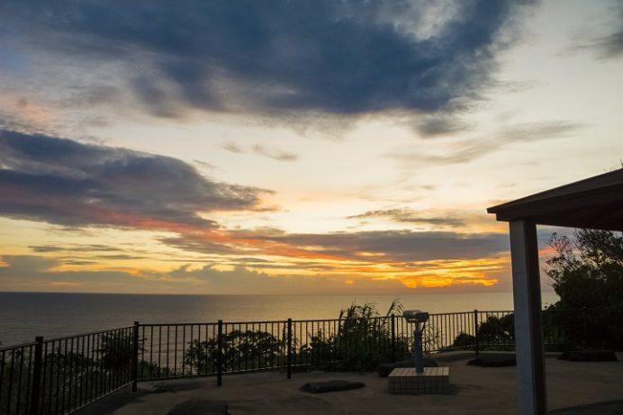 伊王島の岬カフェ(i+Land nagasaki)、伊王島灯台