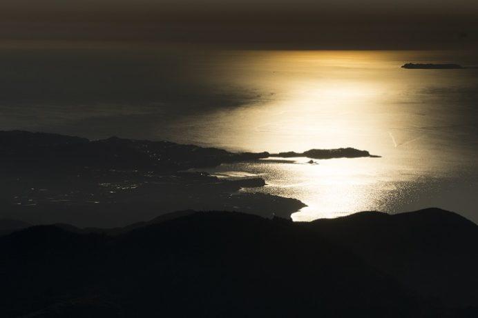 雲仙岳登山道(長崎県島原半島)、妙見岳の山頂展望台