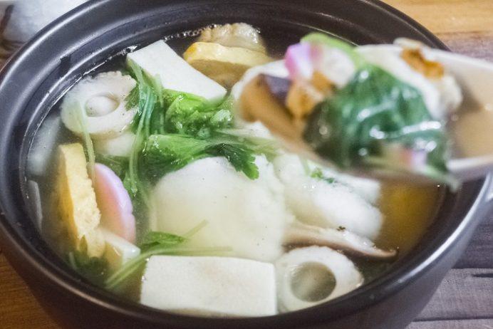 茶房&ギャラリー速魚川(はやめがわ)(島原市上の町、猪原金物店内)の具雑煮
