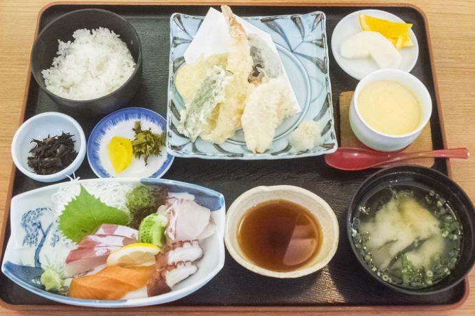 割烹いわさき(長崎市琴海戸根町)の刺身天ぷら定食