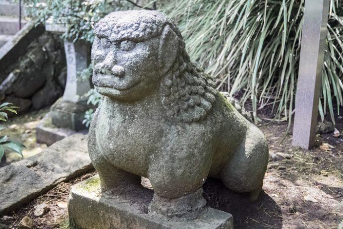 鎮西大社 諏訪神社(長崎市上西山町)の狛犬