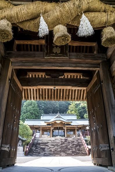 鎮西大社 諏訪神社(長崎市上西山町)の大門
