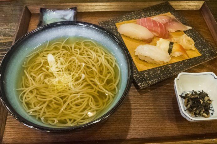 蕎麦屋ぎん水 千歳町店(長崎市住吉)の握り寿司定食