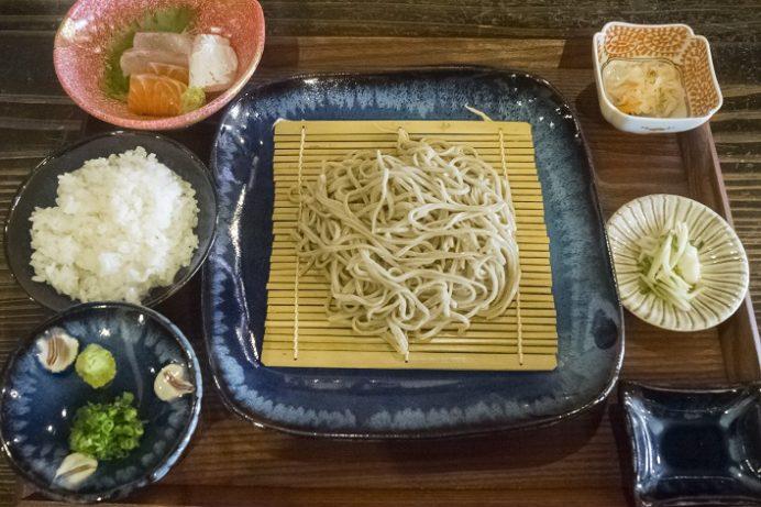 蕎麦屋ぎん水 千歳町店(長崎市住吉)のざるそば定食