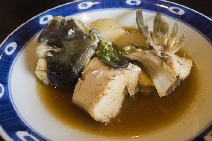 新鮮食彩 市むら(東長崎地区、長崎市かき道)の魚のあら煮