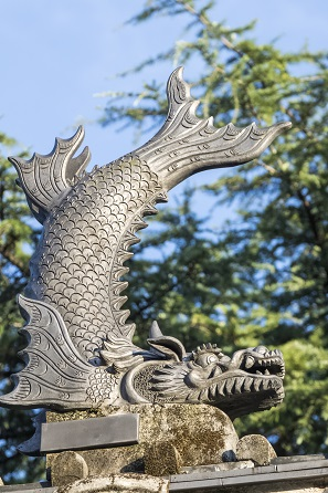 崇福寺(長崎市鍛冶屋町)の三門、魔伽羅(鯱)