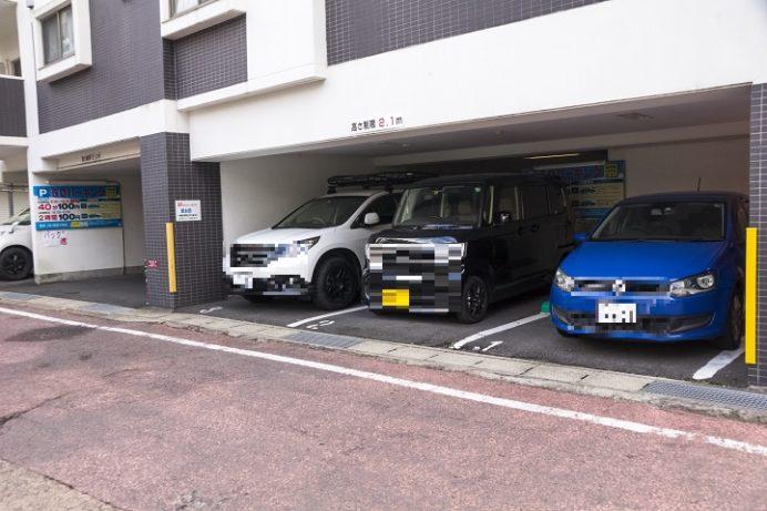 山王神社(長崎市坂本町)、一本柱鳥居の駐車場