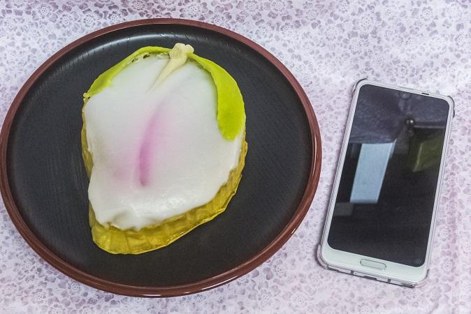 万月堂(長崎市)の桃カステラ