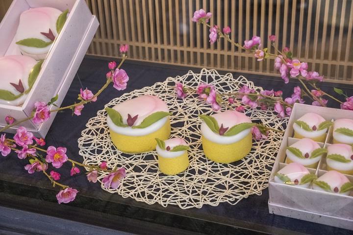【送料0円の条件は?】「文明堂の桃カステラ」~全種類を実食!