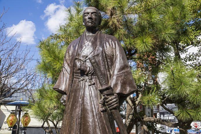 丸山公園の坂本龍馬之像(長崎市)